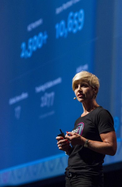 Amanda Armstrong at Xerocon 2014