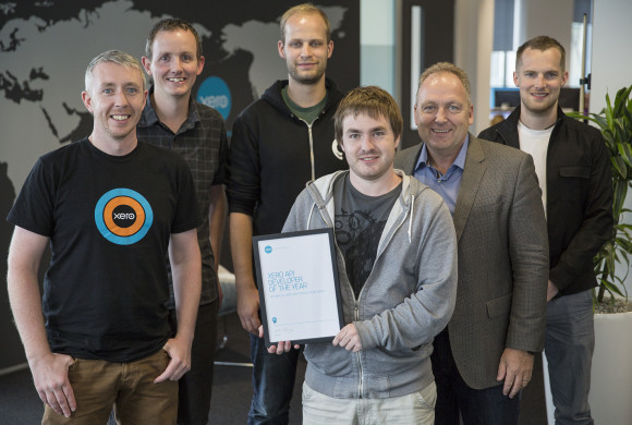 Pictured L-R: Xero Head of Developer Relations, Ronan Quirke, Xero API product manager Tony Rule, MinuteDock co-founder Nik Wakelin, MinuteDock co-founder Jared Armstrong, Xero CEO Rod Drury, MinuteDock co-founder James Nisbet.